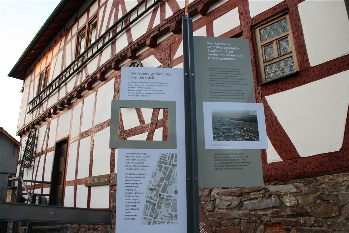 Übergabe von Durchblickstationen in Blankenloch ...