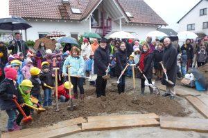 Spatenstich Kindergarten Lachwald
