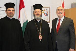 Oberbürgermeister Klaus Demal gemeinsam mit Abdallah Dis und seiner Eminenz Isaak Barakat