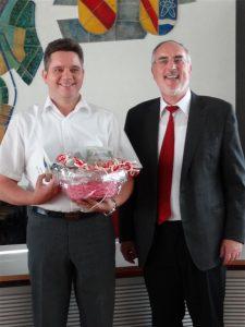 Oberbürgermeister Demal bedankte sich bei Alexander Rohrsen für seine Bereitschaft