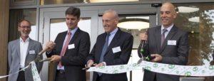 Olaf Schwabe, Dr. Dirk Reischig und Patrick Krauth (v. l.) eröffneten das Besucherzentrum © DHU