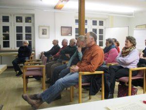 Zuhörer beim Vortrag zur Gemarkungsgrenz-Begehung