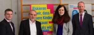 v.l.n.r. Heiko Zahn,  (Kreisvorsitzender), Otto Hertäg (Ortschaftsrat), Carolin Holzmüller (Landtagskandidatin) und Tim Kern (bilduntspolitischer Sprecher der FDP-Landtagsfraktion)