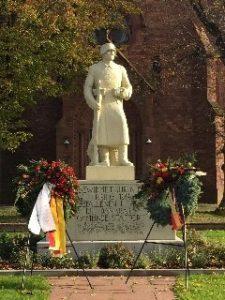 Kriegerdenkmal am Volkstrauertag