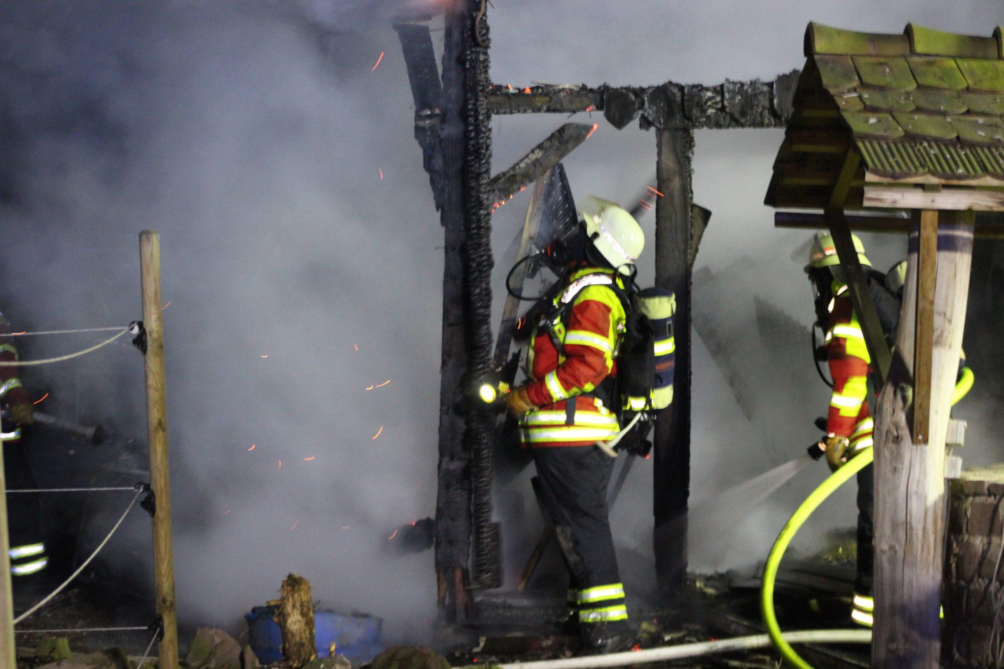 Brand auf Pferdehof in Blankenloch   meinstutensee.de
