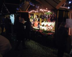 2012-12-16-weihnachtsmarkt-blankenloch-040
